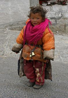 Young Tibetan girl <> (children of the world, childhood, kiddos, littles)