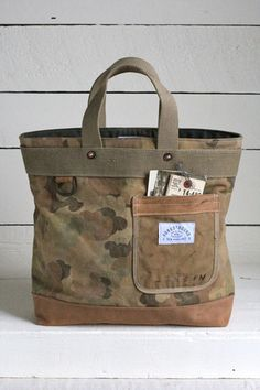 1950's era Cloud Camo Carryall