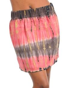 SEXY TRENDY MINI SKIRT HAS A STRETCHY PULL ON ELASTIC WAIST BAND AND IS TIE DYED. SKIRT IS 17. 5 INCHES LONG AND WAIST IS 26 INCHES on medium. FABRIC IS RAYON/LINEN.