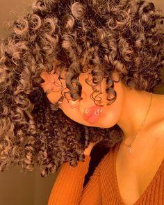 Black Girl Braided Hairstyles, Sleek Hairstyles, Pretty Hairstyles, Girl Hairstyles, Dyed Natural Hair, Natural Curls, Dyed Hair, Kinky Curly Hair, Curly Hair Styles