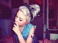 Tattooed Girl Smoking Tumblr | 96 april 2 2012 tagged hipster hipster girl hipster girls hipster ...