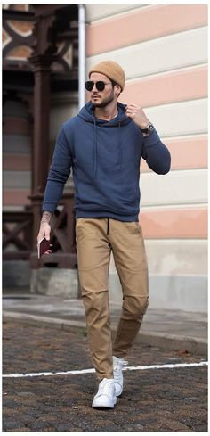 Trendy Mens Fashion, Stylish Mens Outfits, Men Fashion, Mens Fashion Outfits, Boys Fashion Style, Men's Fashion Tips, Fashion 2020, Older Mens Fashion, Cool Outfits For Men