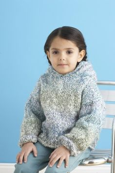 Image of Weekend Hoodie  Pattern #80979AD LionBrand Homespun®  Available on lionbrand.com