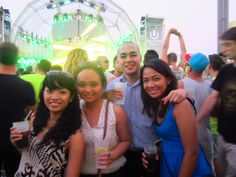 Party in an island. With Iara, Cyrus, Melqui and Jake.