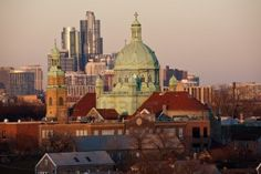 South Side Chicago church and downtown buildings in the background Stock Photo - 11810014
