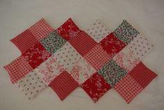 Tuto : le sac 22 carrés - Damocamelia & Violaine présentent Patches, Artsy, Textiles, Quilts, Blanket, Sewing, Holiday Decor, Pattern, Bags