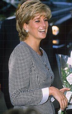 October, Diana, Princess of Wales visiting Edgbaston's National Institute of Conductive Education as its patron.October, Diana, Princess of Wales visiting Edgbaston's National Institute of Conductive Education as its patron. Princess Diana Family, Royal Princess, Princess Of Wales, Lady Diana Spencer, Princesa Diana, Gisele Bündchen, Diana Fashion, Tilda Swinton, Queen Of Hearts