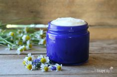 Blue Chamomile Face Cream Recipe for dry or mature skin #NaturalFaceCream Cream For Oily Skin, Face Cream For Wrinkles, Skin Cream, Face Creams, Facial Cream, Ayurveda, Psoriasis Treatment Cream, Salt Face Scrub, Natural Face Cream