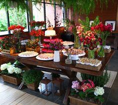 Mesas de Doces - Flores e Decoração para Casamentos | Débora Prado Flores & Ambientação
