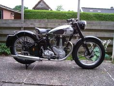 1949 BSA M33 Classic Motorcycle Pictures