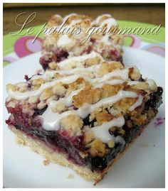 Le palais gourmand: Carrés sablés bleuets citron Amish Recipes, Cake Recipes, Dessert Recipes, Cooking Recipes, Buffet, Croatian Recipes, Blueberry Recipes, Perfect Food, Dessert Bars