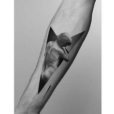 Tattoo by @dotyk.tattoo #blackworkers #blackworkers_tattoo #tattoo #bw #blacktattoo #blackwork