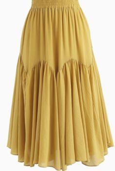 Brightening Your Beauty Midi Skirt in Mustard yellow XS-S Brightening Your Beauty Midirock in Senf – Retro, Indie und Unique Fashion Unique Fashion, Mode Batik, Hijab Fashion, Fashion Dresses, Indie Fashion, Fashion Beauty, Pleated Maxi, Chiffon Maxi, Vintage Skirt