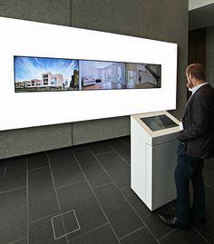 Chose your content: Informierung via Touch-Terminal und verbundener Videowall. (Digital Signage/komma,tec redaction) #HörmannForum