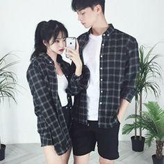 20 ไอเดียแฟชั่นคู่รัก Couple Outfit โชว์หวานสไตล์คู่รักเกาหลี แบรนด์ thexxxy รูปที่ 13