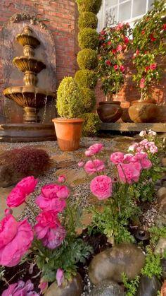 Garden Yard Ideas, Backyard Patio Designs, Garden Projects, Backyard Landscaping, Garden Art, Garden Design, Beautiful Gardens, Beautiful Flowers, Shabby Chic Garden Decor