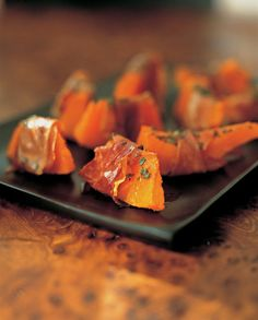 The autumnal version of melon wrapped with Italian ham. Italian Ham, Prosciutto Recipes, Cantaloupe, Carrots, Things To Do, Pumpkin, Fruit, Vegetables, Food