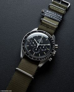 rolex replicas watches for men Amazing Watches, Beautiful Watches, Cool Watches, Rolex Watches, Rolex Gmt, Omega Speedmaster, Stylish Watches, Luxury Watches For Men, Vintage Watches For Men