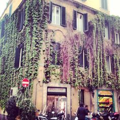 Rione Monti, Rome...siiiigh.  Someone please take me here now!