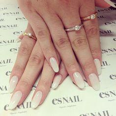 Nail Shapes - My Cool Nail Designs Long Oval Nails, Square Oval Nails, Es Nails, Hair And Nails, Oval Acrylic Nails, Oval Shaped Nails, Super Nails, Fabulous Nails, White Nails