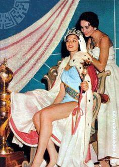 1957 Miss Universe Gladys Zender of Peru.