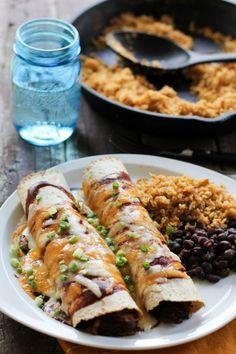 BBQ Pulled Pork Enchiladas - http://www.mypinbook.com/2013/04/17/bbq-pulled-pork-enchiladas/