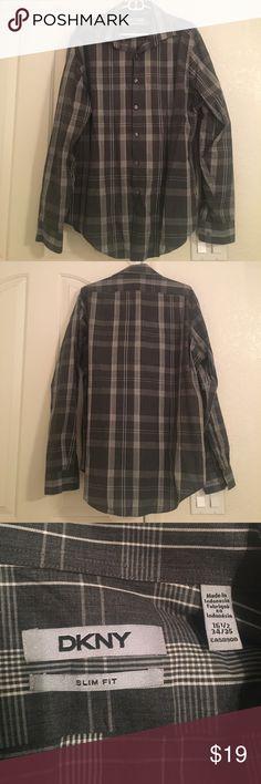 DKNY Slim Fit Shirt Slim Fit. 16.5, 34/35. Bundle and save 10%!!! Good condition! DKNY Shirts Dress Shirts