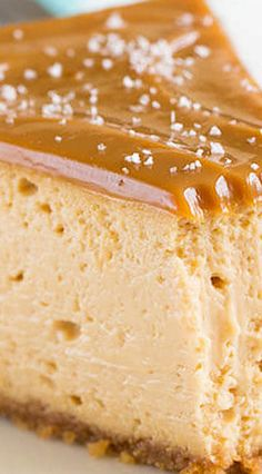 Decadent Dulce de Leche Cheesecake ~Sweet & Savory by Shinee Decadent Dulce de Leche Cheesecake recipes for two recipes fry recipes No Bake Desserts, Just Desserts, Dessert Recipes, Spanish Desserts, Food Cakes, Cupcake Cakes, Cupcakes, Kolaci I Torte, Savoury Cake