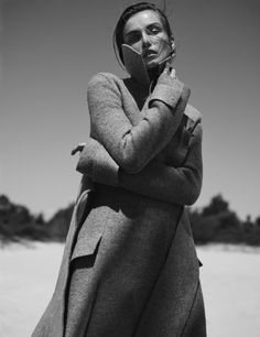 Andreea Diaconu, Vogue Netherlands (October 2015) ph. Annemarieke Van Drimmelen