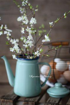 Erste kleine Blüten im Frühling, #Ostern kann kommen! #Dekoration