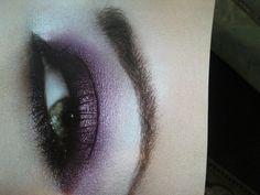 Eva Garden makeup