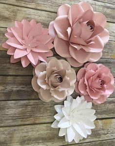 5 pc Paper Flowers Party Decor, Paper Flowers Nursery Decor, Birdal Shower, Wedding Backdrop, Paper Flowers Set, Paper Roses, Baby Shower This Listing Includes 5 Paper Flowers 1 Medium (15) 4 Small (10) Leaves Colors are customizable, add gold or silver leaves, glitter and