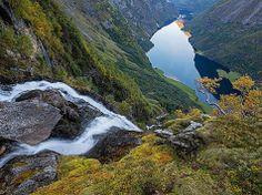 Fiordo  » Fotografia diErlend Haarberg