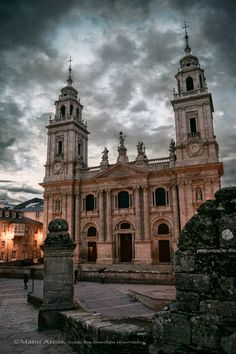 Catedral de Lugo, Spain * Cathedral Architecture, Spanish Architecture, Baroque Architecture, Religious Architecture, Monuments, Virtual Travel, Cathedral Church, Spain And Portugal, Chapelle