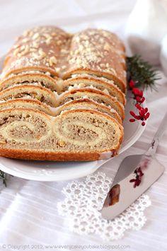 Every Cake You Bake: Poppy white on the cake półfrancuskim