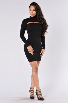 - Available in Black and Hunter Green - Midi Dress - Long Sleeve - Mock Neckline - Open Chest Design - Exposed Back Zipper - 62% Viscose 33% Nylon 5% Spandex