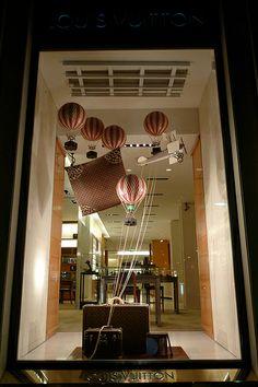 Vitrines Louis Vuitton - Paris, juin 2011 | Flickr - Photo Sharing!