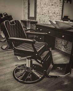 Ayala furniture London Barber chair. Barbershop idea. Salon inspiration. #Salonideas #Salondesign #Barbershop