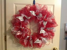 Fluffy Valentine deco mesh wreath