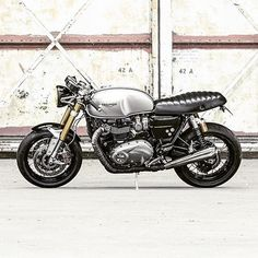 17 Best Thruxton R Images Triumph Cafe Racer Custom Motorcycles