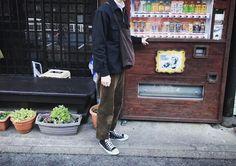 "Reposting @ryuuya_nagano: ... ""レトロな自動販売機を発見 宮ヶ瀬まで行って来ました 、 、 、 、 、 #used#mensnonno#harajuk#sibuya#snap#mn_snap#YAECA#AURALEE#vihtage#shopping#Henderscwheme#mn_mnfc#mahdo#farhion#clothes#code#ootd#tokyo#omotesandou#一眼レフ#古着#冬コーデ#ファッション#メンノン#溝の口#メンズノンノ#写真好きな人と繋がりたい#おしゃれさんと繋がりたい#宮ヶ瀬 #hh"""