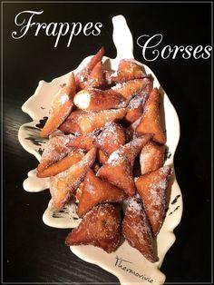 Les frappes, c'est un peu nos beignets à nous... Ceux que l'on fait lors des nombreuses occasions festives.. Mariage, baptême... Ou tout simplement pour fêter quelque chose! Légèrement parfumé au citron, on sent la Corse à chaque bouchée.. Traditionnellement...