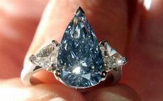 Rare blue De Beers diamond - this 5.16 carat pear-shaped internally flawless, fancy, vivid blue gem is the first diamond of its kind to appear at auction.