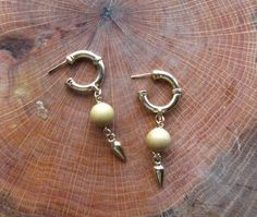 Vintage DANGLE EARRINGS / Gold Tone Costume by GrayGatorVintage, $18.00