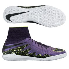 You dance through the defense like a knife through butter with the Nike HypervenomX Proximo indoor soccer shoes. Order your indoor soccer shoes at SoccerCorner.com.http://www.soccercorner.com/Nike-HypervenomX-Proximo-IC-Indoor-Soccer-Shoes-p/si-ni747486-505.htm