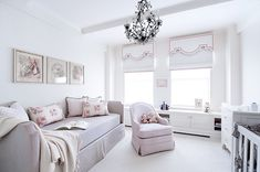 sweet girls bedroom - love the daybed!