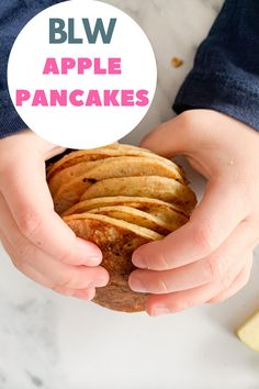 Nutritious Apple Pancakes for Baby-led Weaning. #apple #pancakes #babyledweaning #applepancakes #kidsfoods Toddler Dinner Recipes, Healthy Toddler Meals, Toddler Lunches, Perfect Pancake Pan, Fish Recipes, Vegan Recipes, Toddler Nutrition, Baby Pancakes, Banana Oats