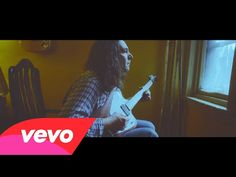 The War on Drugs - Under The Pressure (Official Video) http://clicmusicvideo.blogspot.com/2014/08/the-war-on-drugs-under-pressure.html