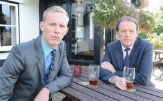 James Hathaway (Laurence Fox) and Robbie Lewis (Kevin Whately)