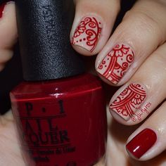 """""""I can't stop looking at my nails!! I love how these turned out ... Btw, still in love with my OPI Malaga Wine """""""
